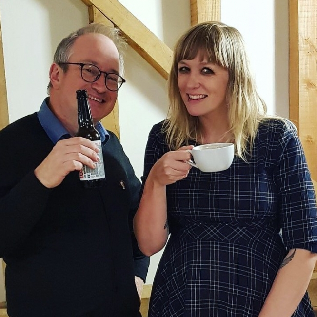 Tour diary - smoking tyres, seaside tea and cake and four gigs with Robin Ince